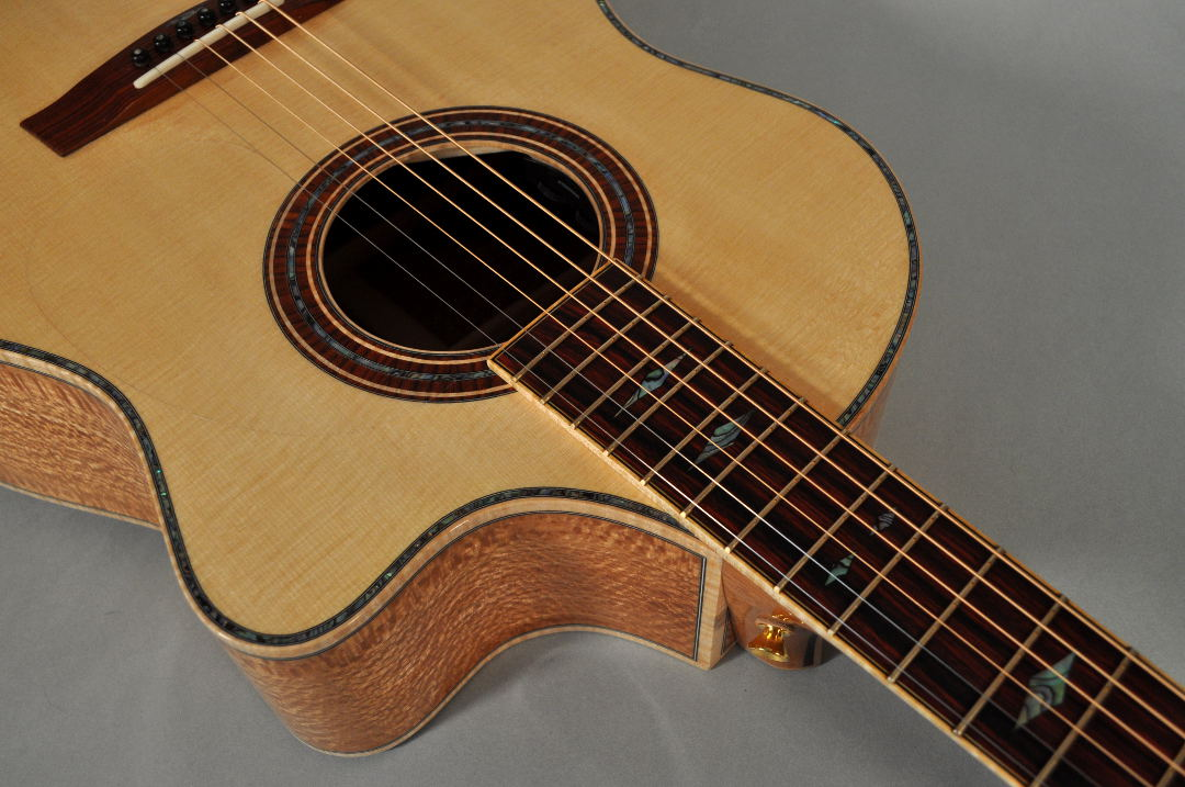 Lacewood Lutz Guitar